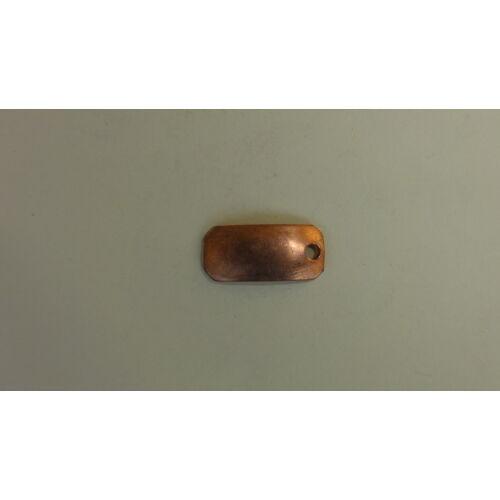 Téglalap alakú medál furattal